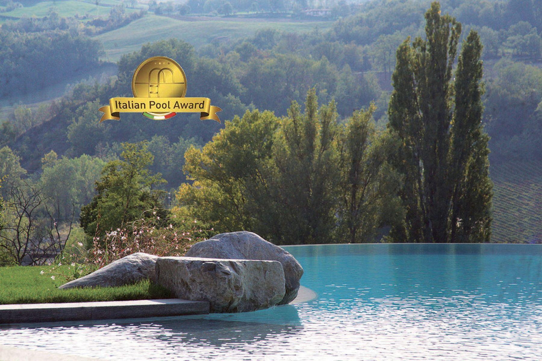 PremioItalian Pool Award